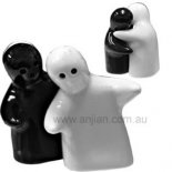 hugging Salt & Pepper Shakers, Porcelain, black and white Set of huggers  salt and pepper shakers ceramic Please Click the image for more information.