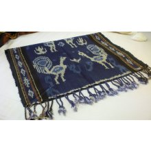 DS 5813 Traditional Balinese Ikat Table Runner DS 5813 Traditional Balinese Ikat Table Runner Please Click the image for more information.