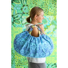 Amy Butler Beautiful Belle Handbag I love the sweet silhouette of this easy to make bag The Beautiful Belle is the perfect size with comfy handles and large interior pockets to keep everything in order . Please Click the image for more information.