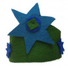 Green Knight Crown A beautiful handmade felt crown that is ideal for dress up time and helping kids act out their favourites stories or can also be tied around kids tiny waists so they can pretend to be super heroesThey can also be used as a birthday crown to celebrate your childs special dayCrowns ar. Please Click the image for more information.