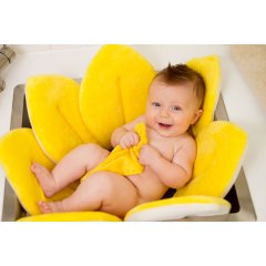 Blooming Bath Easy to Use Portable Soft Tub. bBlooming Bathb the new and innovative bath that will make baby bath time easy for you Blooming bath is soft and cuddly making it soft against babies soft skinBloomi. Please Click the image for more information.